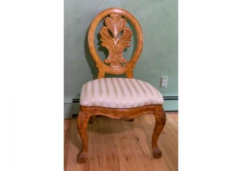 6 Solid Dining Room Chairs $200