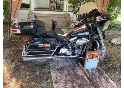 Harley Davidson Ele. glide, Tour